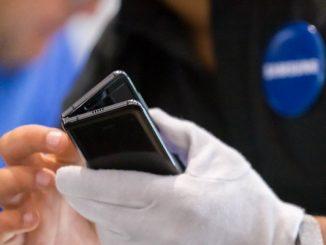 Samsung Galaxy Z Flip Samsung Galaxy Fold